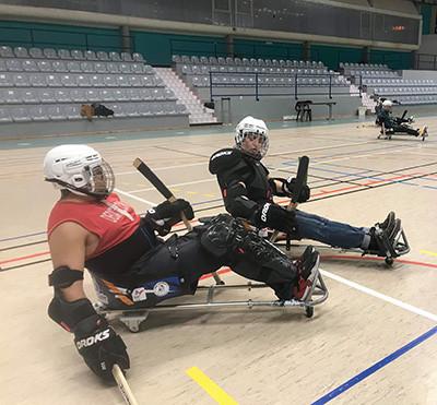 Initiation Hockey luge avec Blois Handisport